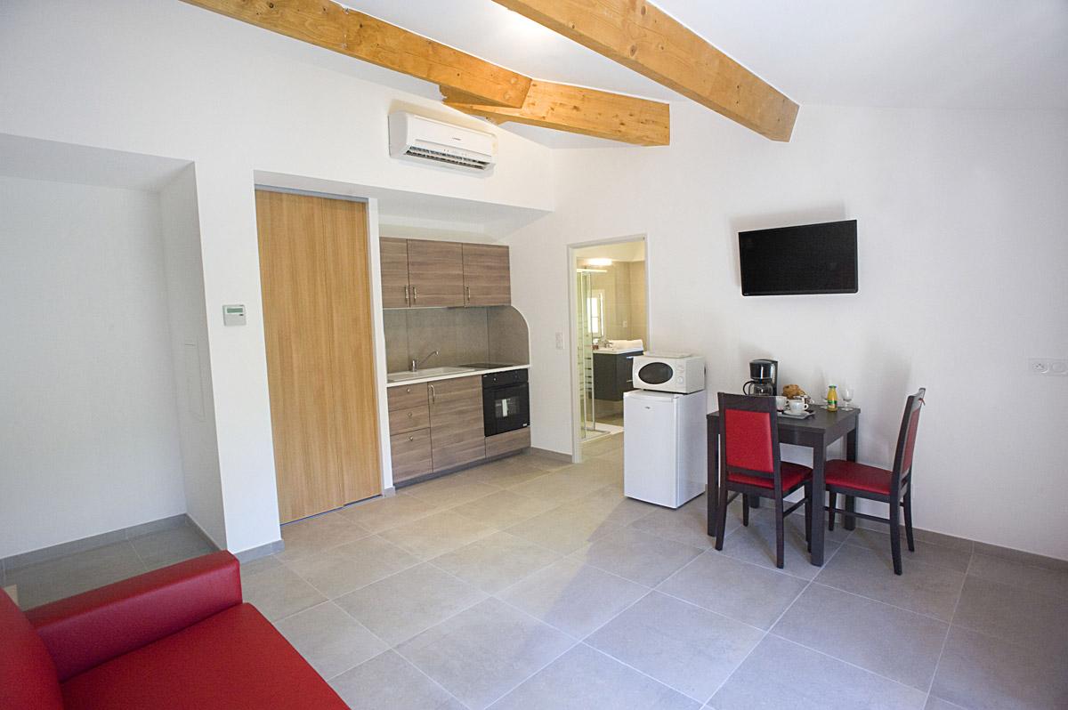 Location studio r sidence h teli re var les bastides du for Location residence hoteliere